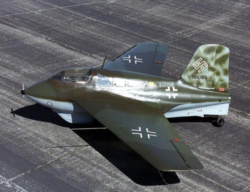 1280px-Messerschmitt_Me_163B_USAF.jpg