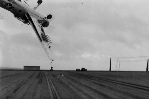 AIRCRAFT CRASH_09.jpg