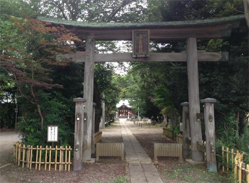子安神社鳥居.jpg