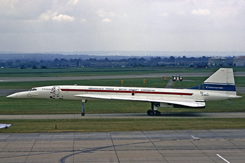 Sud-BAC_Concorde,_British_Aircraft_Corporation_-_Aerospatiale_France_AN1804818 copy.jpg