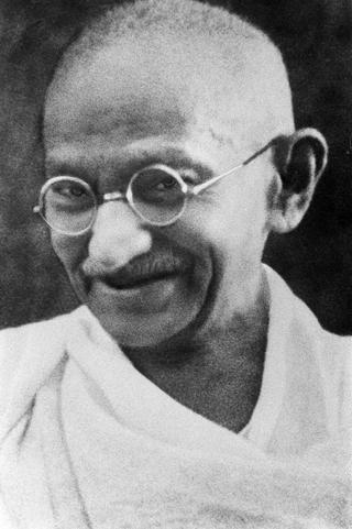 800px-Portrait_Gandhi.jpg