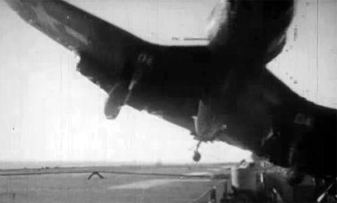 AIRCRAFT CRASH_03.jpg