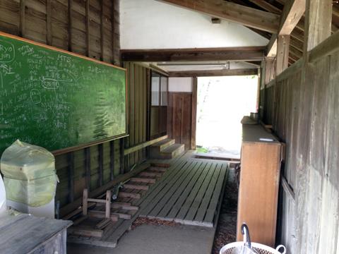 旧上岡小学校_15.jpg