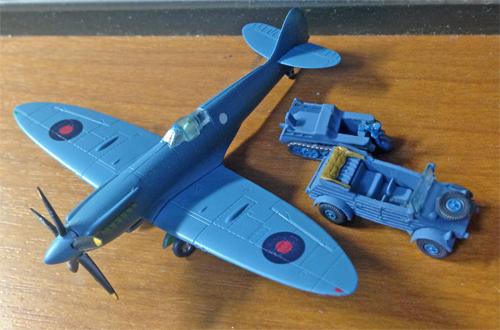 SpitfireMK19_02.jpg